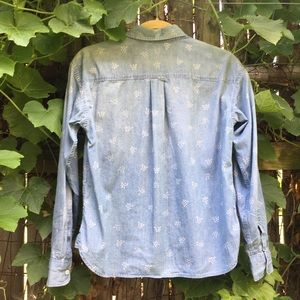 Uniqlo Tops - UNIQLO   Patterned Chambray Button Up Shirt
